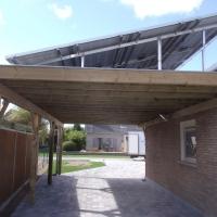 zonnecarport zonnepanelen op schans